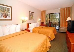 Comfort Inn Bedroom